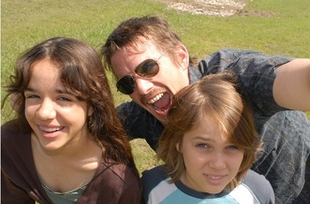 Remember when selfies were a thing? Ethan Hawke sure does.