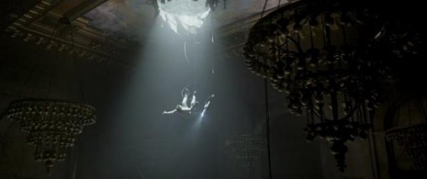 Post-apocalyptic bungee jumping is dangerous.